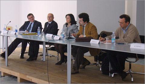 La tavola rotonda - Fonte: Bolleblu.info