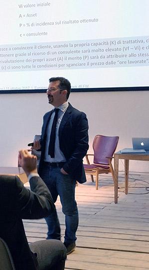 Dario Banfi speaking @ European Freelance Week